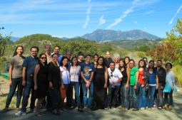 /img/pic/2013 Fellowship for a New California Cohort.jpg